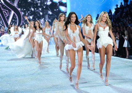 Carrusel final en Victoria's Secret