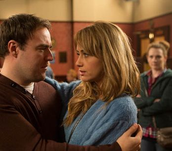 Coronation Street 28/04 – Fiz gets jealous of Tyrone and Maria