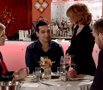 Coronation Street 30/04 – Fate pushes Kal and Leanne together