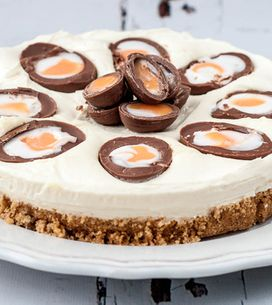 16 Delicious (And Disgusting) Ways To Eat A Cadbury's Creme Egg