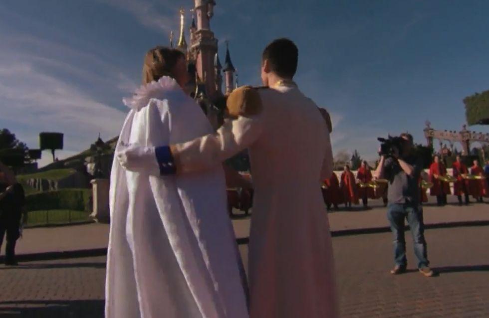 Il était une fois, la demande en mariage la plus kitsch de tous les temps à Disneyland Paris (vidéo)