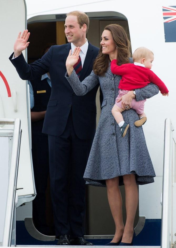 Kate Middleton, le prince William et le prince George disent au revoir à l'Australie