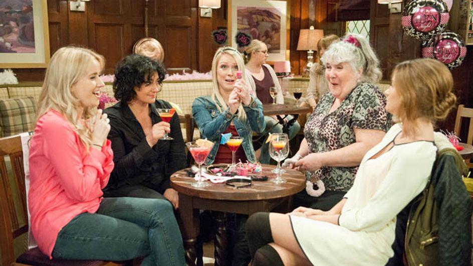 Emmerdale 09/05 – Moira enjoys her surprise hen do