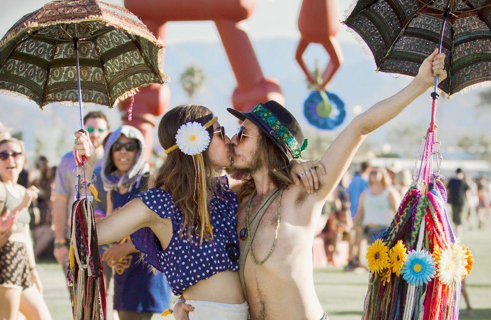 Blumen im Haar, Musik auf den Ohren: 10 Stylingtipps für die Festival-Saison