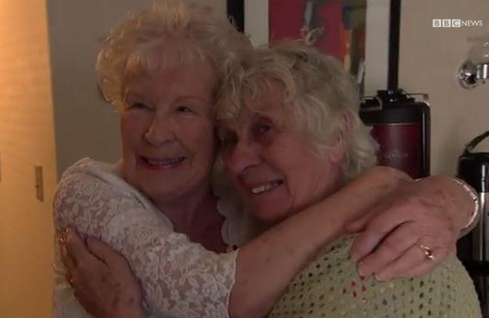 Séparées pendant 78 ans, des soeurs jumelles se retrouvent enfin (vidéo)