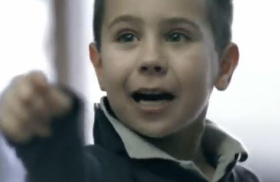 Quello che i bambini vedono, fanno! Il toccante video che ti cambierà in soli 60 secondi
