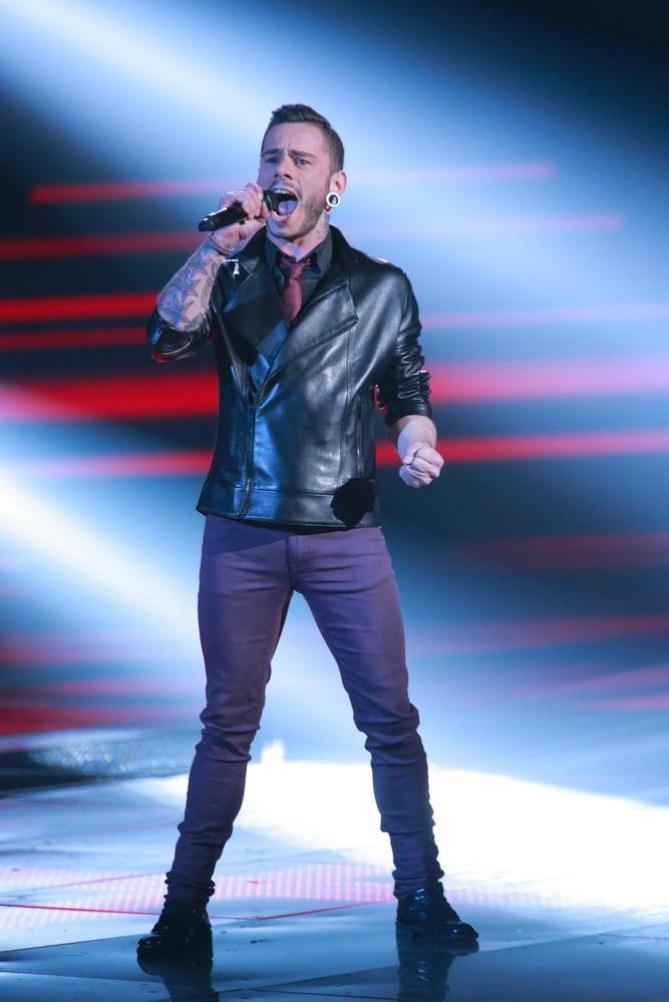 Maximillien, finaliste The Voice