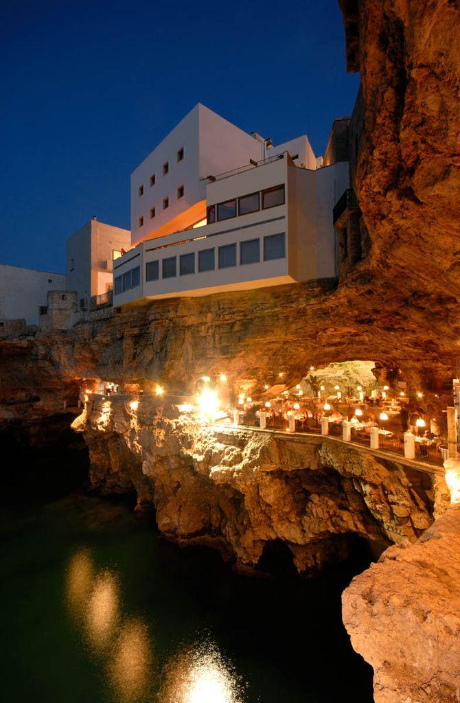 Grotta Pallazzese - Puglia, Itália