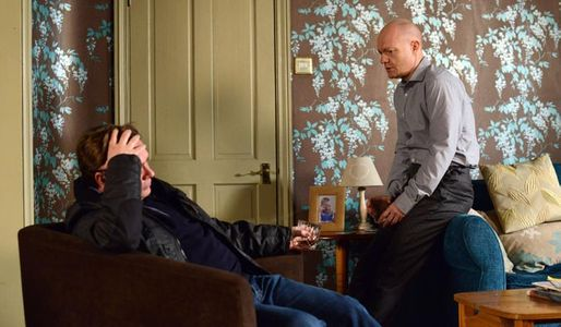 Ian makes preparations for Lucy's funeral