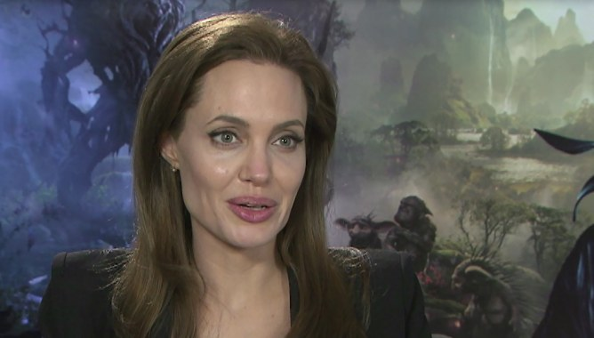 Angelina Jolie pour Aufeminin.com
