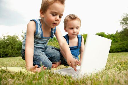 Nos enfants grandissent-ils trop vite ?