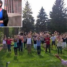Ils soutiennent leur proche souffrant d'un cancer des ovaires en lui offrant le plus émouvant des flashmob