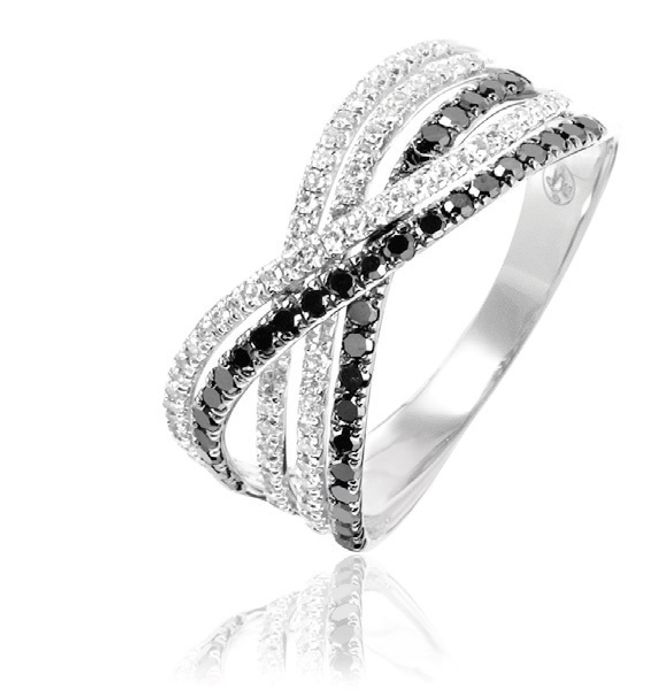 Alliance Diamants de nuit, or diamants blancs et noirs - 699€