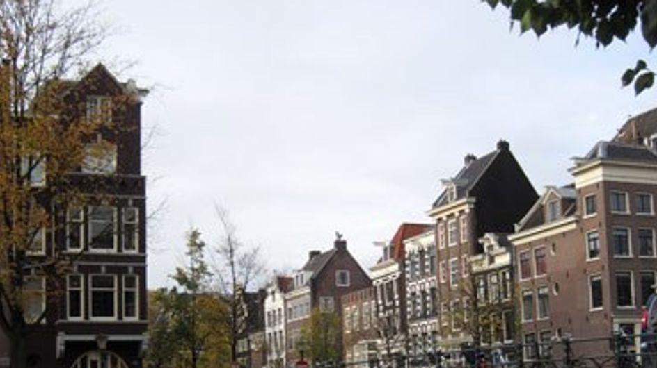 ¡Escápate a Amsterdam por muy poco!