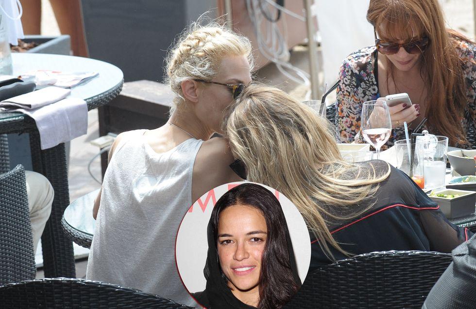 """Cara Delevingne: """"Addio Michelle!"""" Una nuova donna al fianco della top model"""