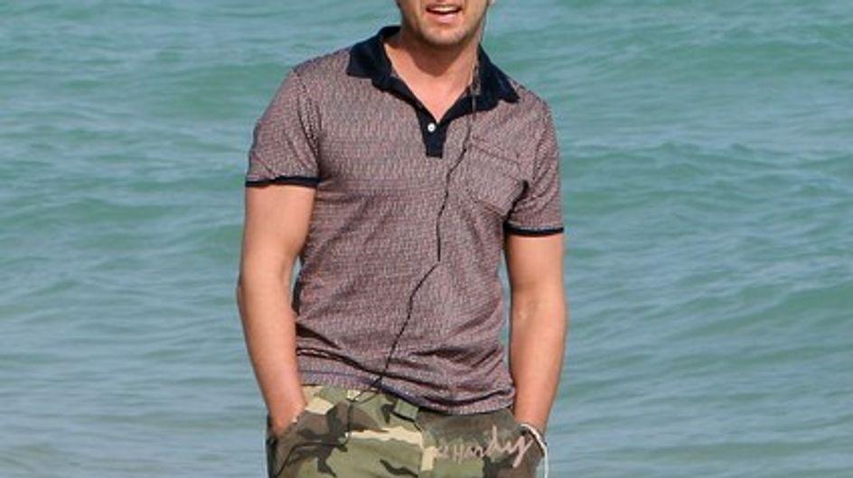 Gerard Butler hospitalizado tras un accidente de surf