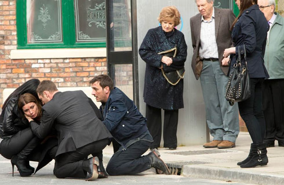Coronation Street 04/06 – The pressure finally takes its toll on Carla
