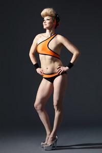 Elina, ideatrice del progetto e modella per Monokini