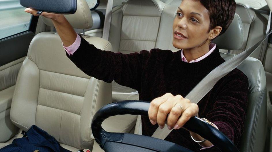 Las mujeres aparcan mejor que los hombres