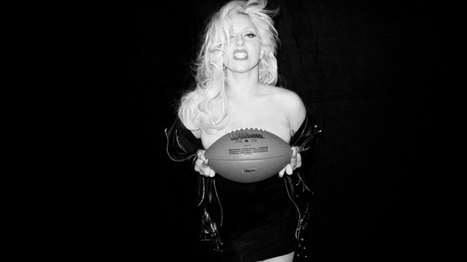 Lady Gaga, muy sexy frente al objetivo de Terry Richardson