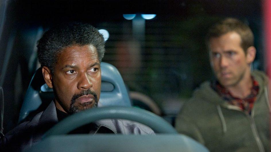 """Denzel Washington y Ryan Reynolds protagonizan """"El Invitado"""""""