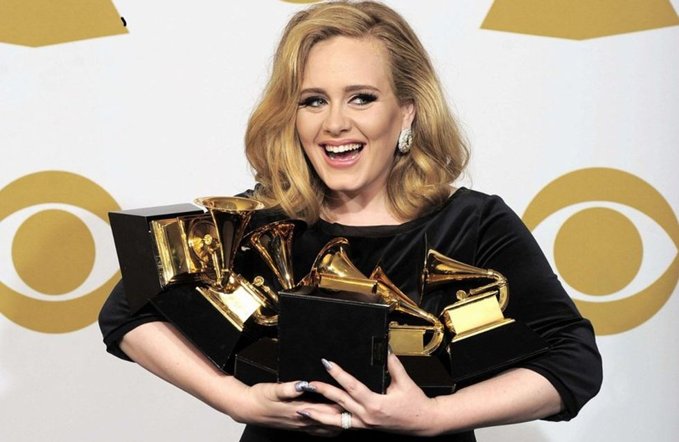 Adele triunfa en los Grammy con seis galardones