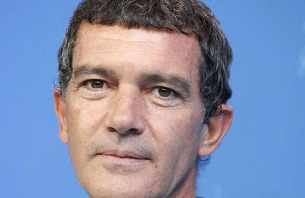 Le roban la cartera a Antonio Banderas en Hungría