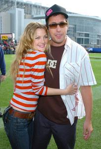 Drew Barrymore mit Kollege Adam Sandler