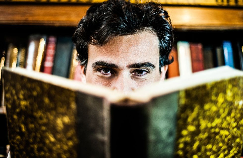 Grégory Samak, de la télé au roman : Entretien avec l'auteur du Livre Secret