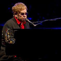 Elton John: Esnifé tanta cocaína que es un milagro que esté vivo