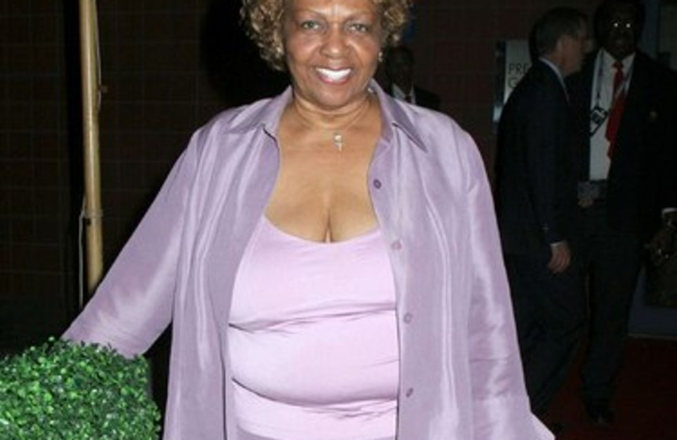 La madre de Whitney Houston rompe su silencio