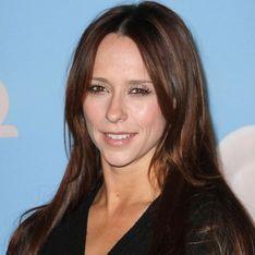 Jennifer Love Hewitt quiere conquistar a Adam Levine