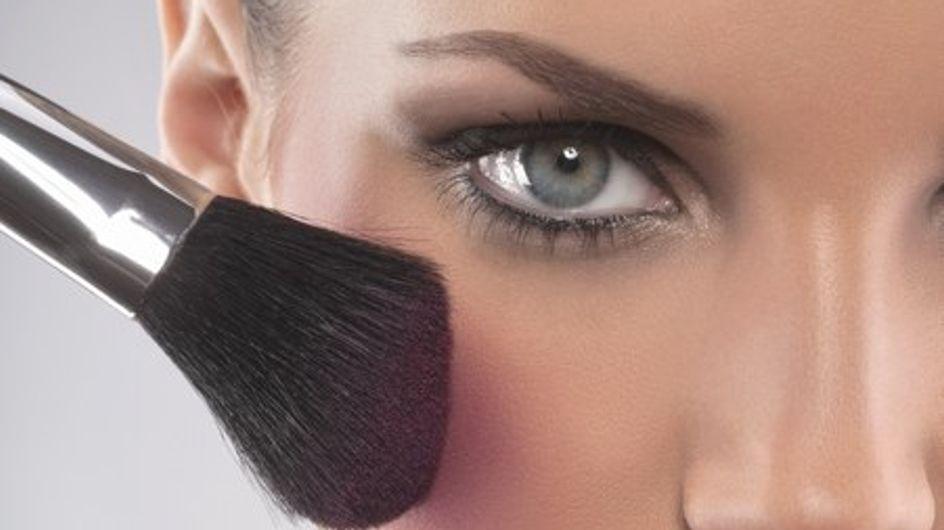 ¡Utiliza el mismo maquilllaje en tus ojos y en tus mejillas!