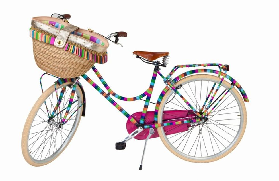 ¡Consigue dos bicicletas gratis!