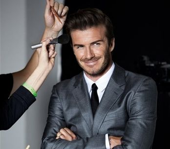 David Beckham presenta su nueva fragancia, The Essence