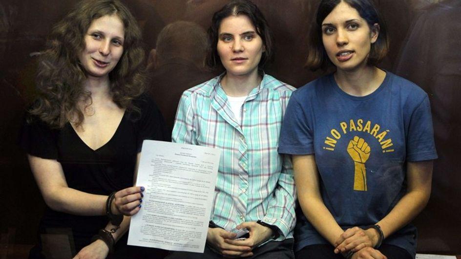 """Dos años de cárcel para las """"Pussy Riots"""""""