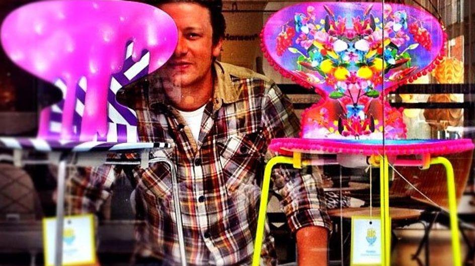 Las originales sillas benéficas de Jamie Oliver