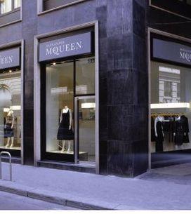 Alexander McQueen abre tienda para hombres en Londres