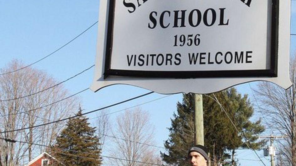 Asesinados 20 niños y 7 adultos en un tiroteo en un colegio en Connecticut