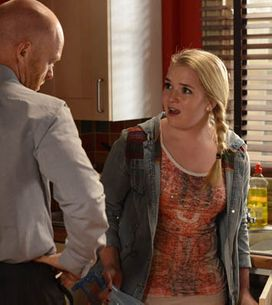 Eastenders 09/06 – Peter and Lucy continue their investigation