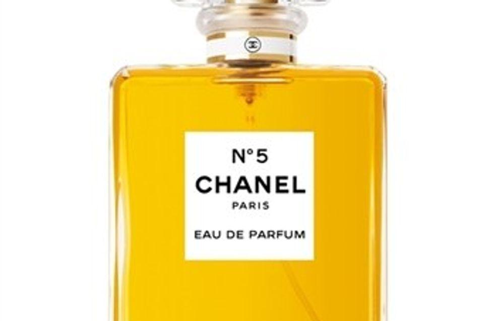 Chanel expone en París un monográfico sobre su fragancia más conocida, la Nº5