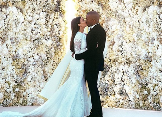 Kim Kardashian Zoom Sur Son Maquillage De Mariée