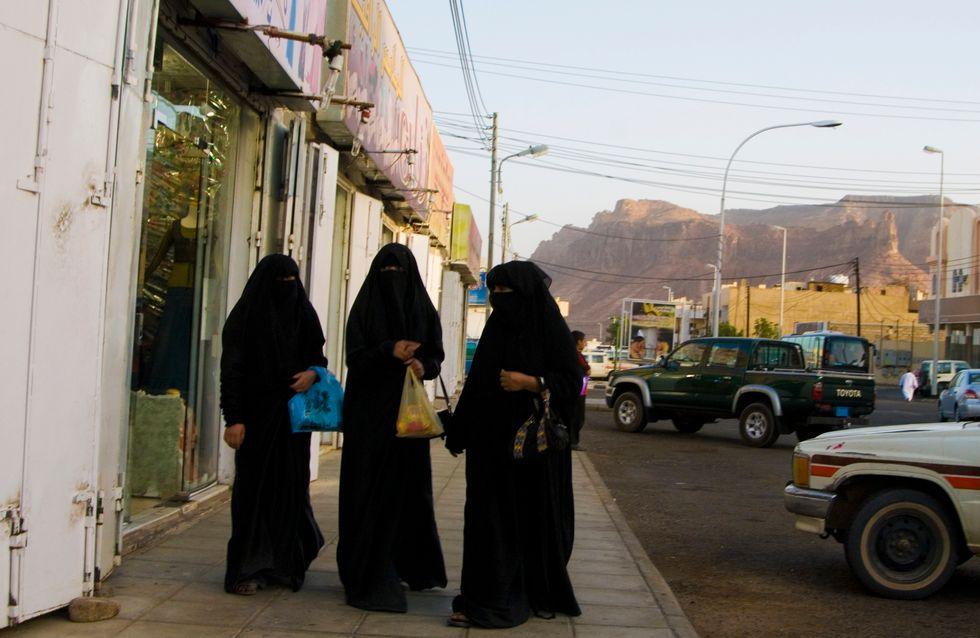 60 niñas detenidas en Arabia Saudí por acudir a una fiesta en la que había niños
