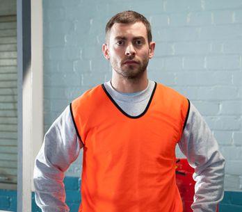 Hollyoaks 20/06 – Sam interferes with Leela's plans