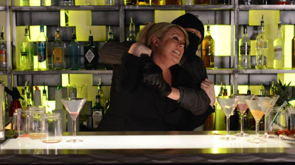 Eastenders 16/06 – Sharon is attacked
