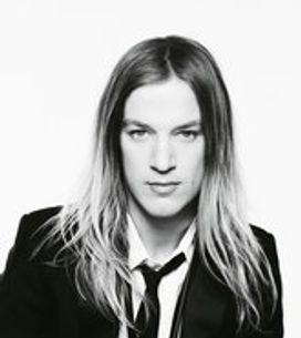 Aaron de Mey muy Rock'n roll chic para Lancôme