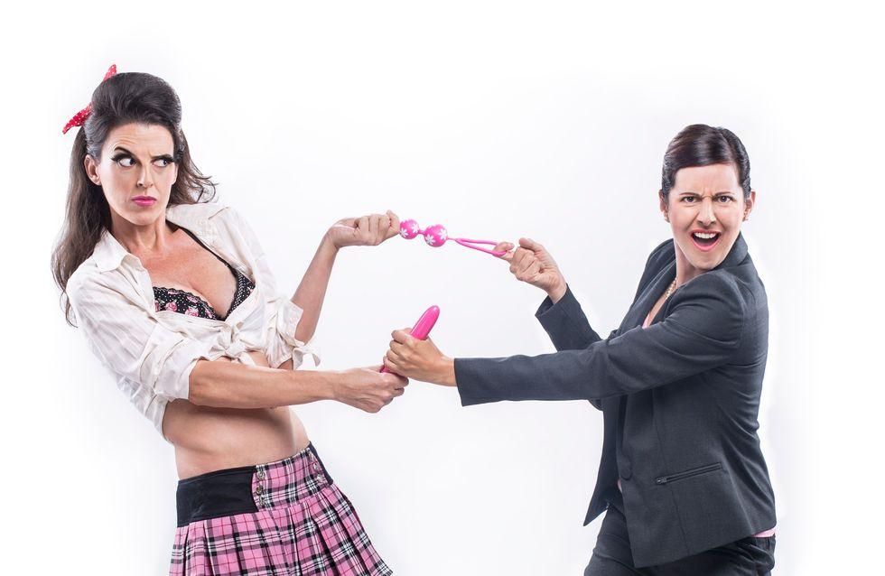 Sexo sin tapujos en la obra de teatro Tuppersex