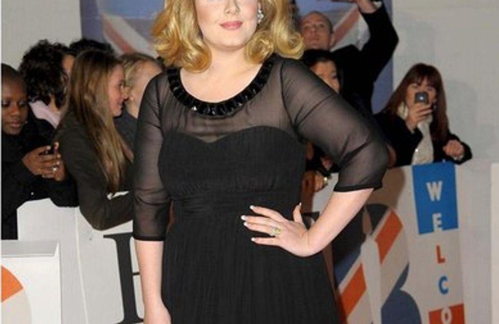 La biografía de Adele sale a la venta en pleno embarazo