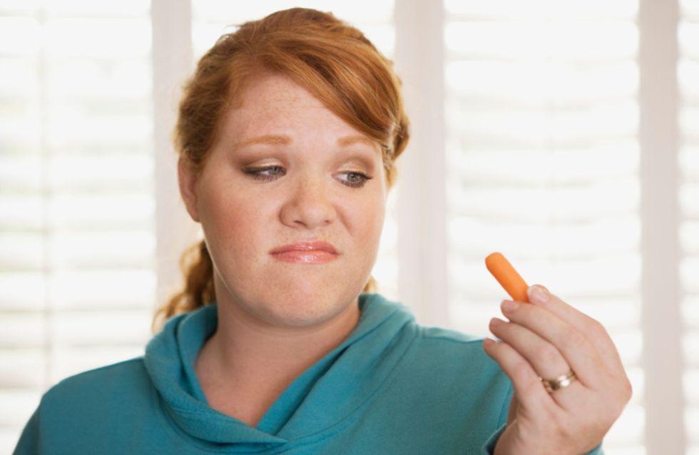 Schokolade ist mir echt zu süß Die nervigsten Behauptungen von Frauen, die Diät halten
