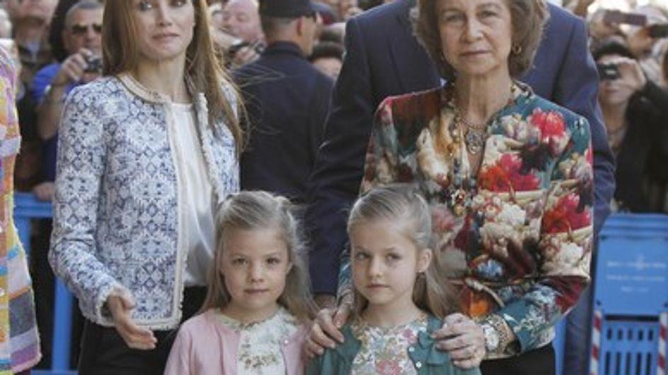 Doña Letizia apuesta por un look 'low cost' para la Misa de Pascua